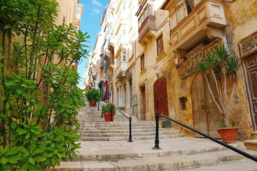 Valletta-malta-center-travel