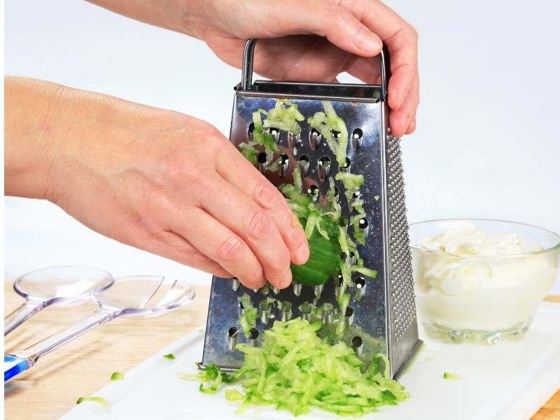 grating cucumber
